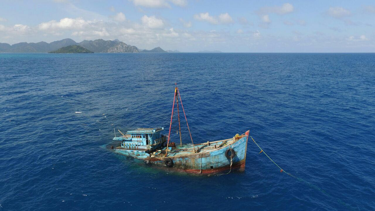 Peringati Kemerdekaan, Indonesia Tenggelamkan 60 Kapal Pencuri Ikan