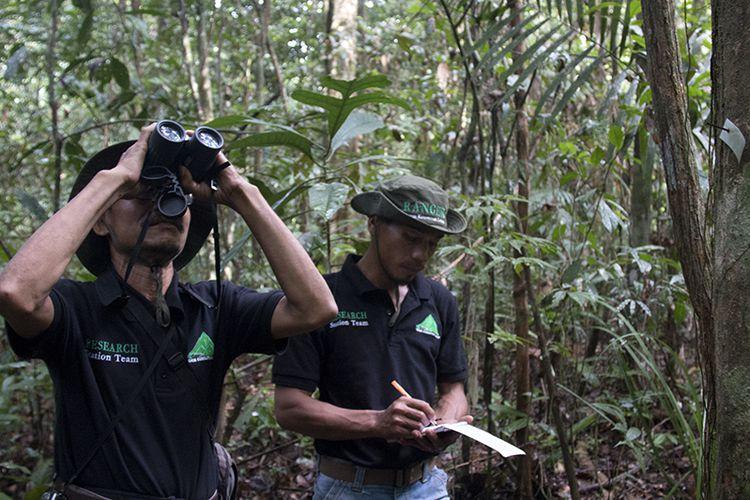 """Mengenal """"Profesor"""" Ahli Tumbuhan dan Satwa Dari Aceh"""