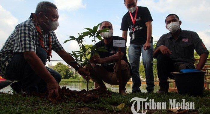 Berita Foto: PFI Medan Menggelar Kegiatan Tanam Pohon Memperingati Hari Lingkungan Hidup Sedunia