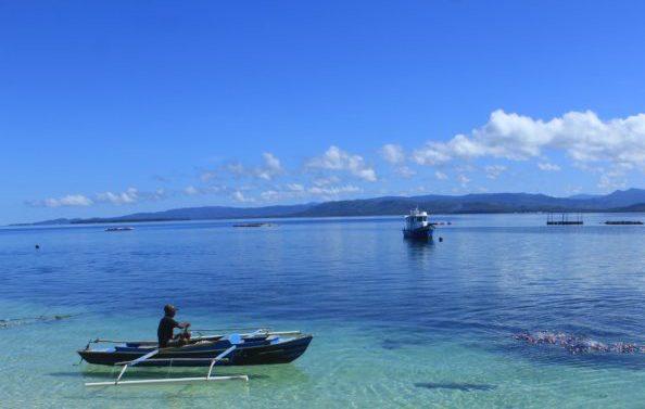 Maluku Utara, baru saja memiliki tiga kawasan konservasi perairan. Kawasan konservasi ini guna memastikan ekosistem laut terjaga dan sumber laut dapat terkelola berkelanjutan oleh masyarakat, salah satu mencegah pengeboman ikan. Foto: Mahmud Ichi/ Mongabay Indonesia