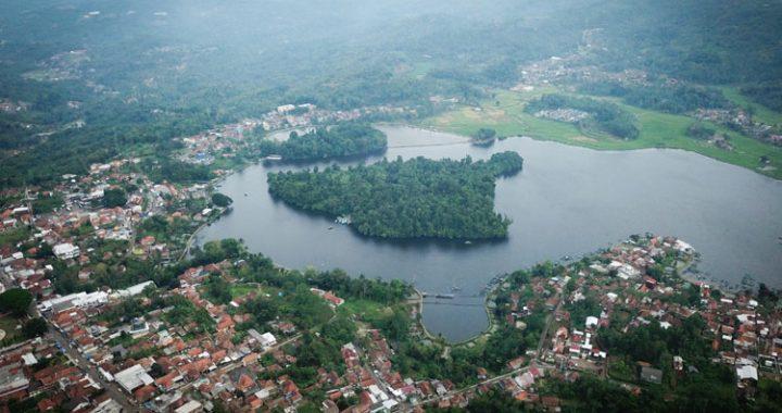 Lindungi Satwa Liar, 12 Kukang Jawa Dilepas di Cagar Alam Situ Lengkong Panjalu Ciamis